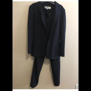 Like new Navy Blue pants jacket Suit Y2K Size 4